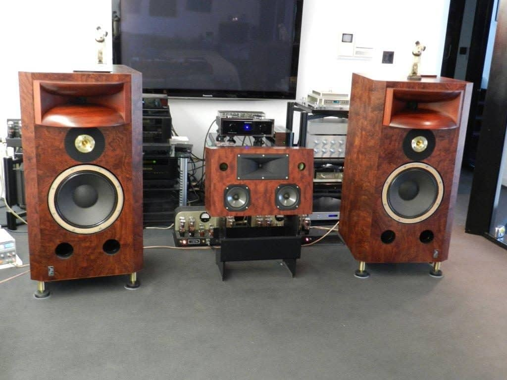 Field Coil Horn Speakers with OTL Amplifiers